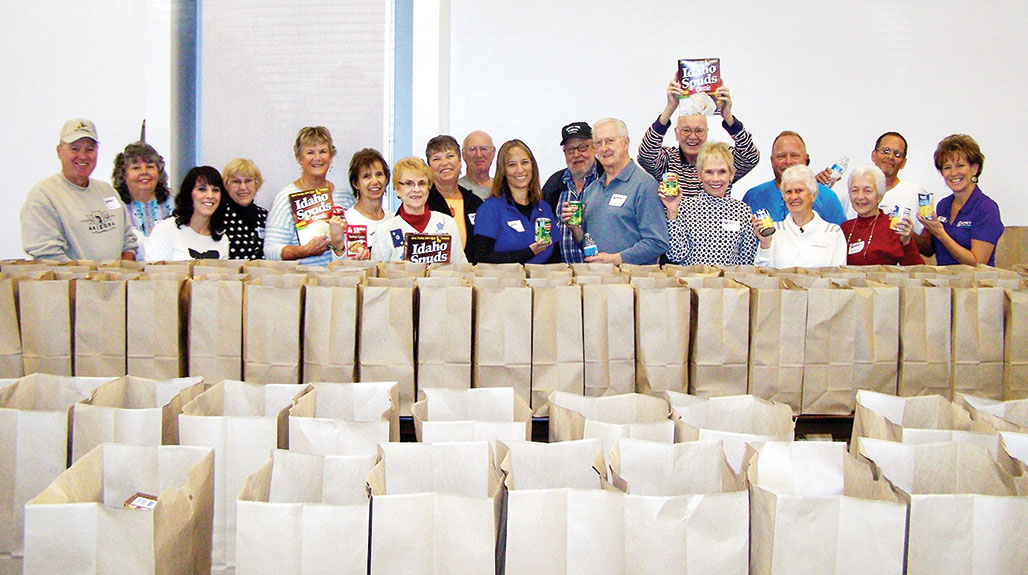 Thanks to the 16 volunteers from Catalina Mountain Elks Lodge No. 2815 who stuffed 300 bags with Thanksgiving food items for needy families!