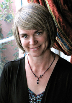 Author Lynn Wiese Sneyd