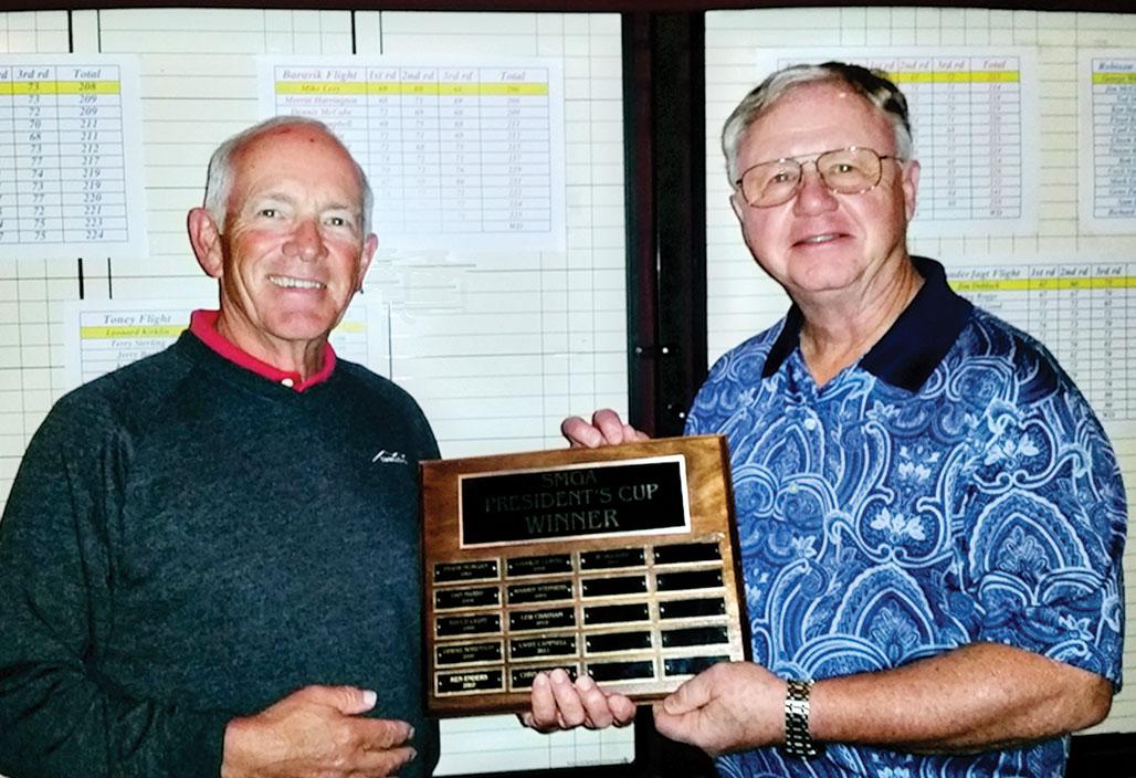 SMGA President Gan Avery (left) presents the President's Cup plaque to 2014 Winner Len Kirklin.