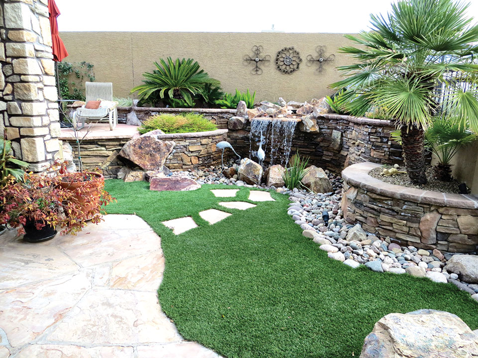 Enjoy a tiny garden with a small water feature and an enormous view.