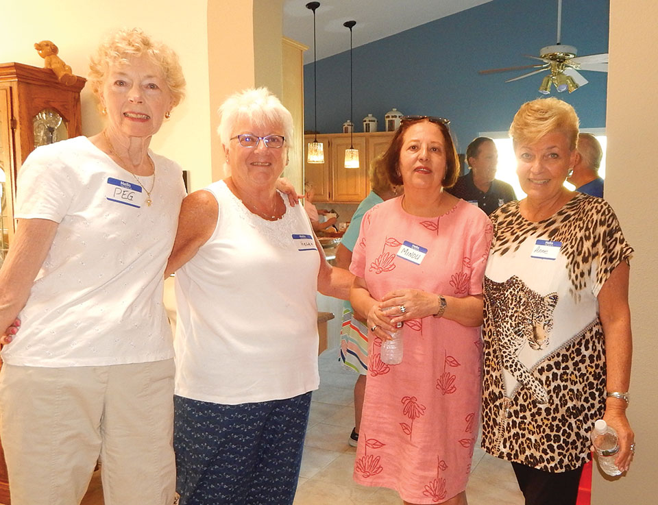 Peggy Grant, Helen Bellacuqa, Minou Mueller and Anne Califra compared recipes.