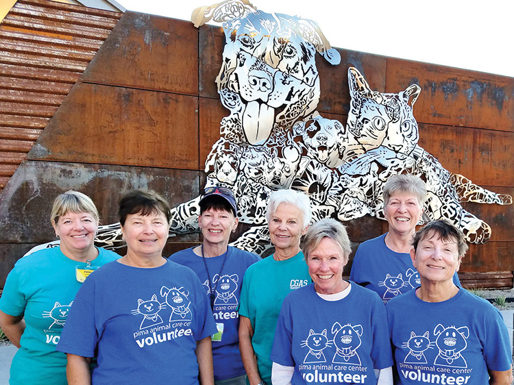 Wags and Walkers volunteers
