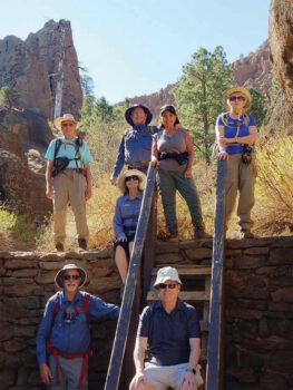 Hikers around the ladder to the amphitheater (Photo by Janet Frost)